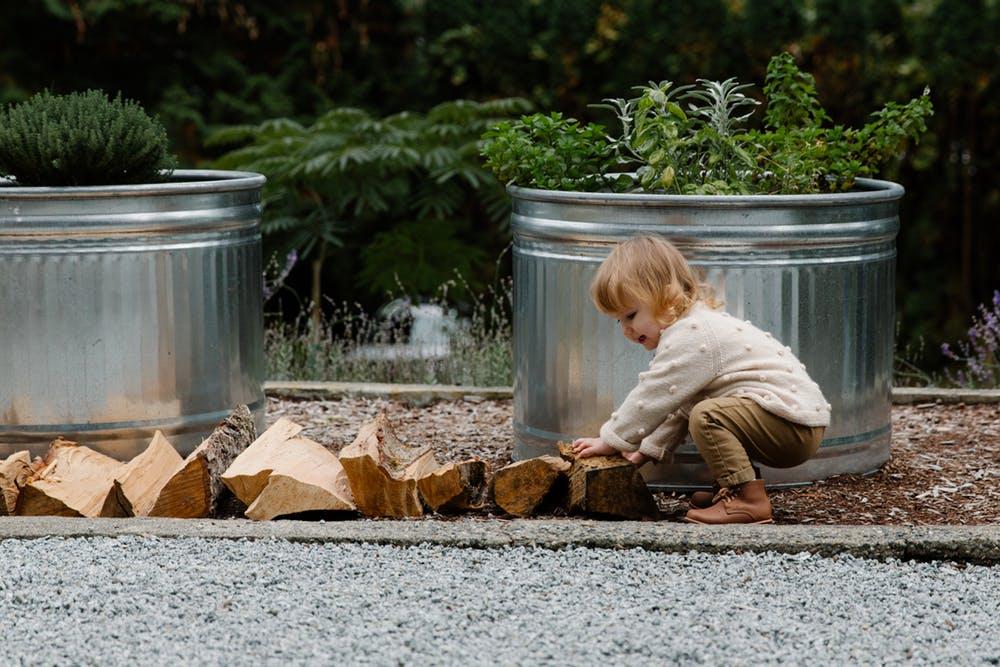 Cualquier objeto puede ser un juguete potencial con el que experimentar y aprender